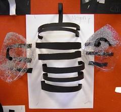 Card Sculpture Bees (maureencrosbie) Tags: sculpture 3d infant mini card beasts childrensart glamis