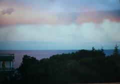 un cielo sorpreso (maryateresa2001) Tags: sky mtd landscape nuvole view cielo colori sanremo yashicafx3 supershot maryateresa