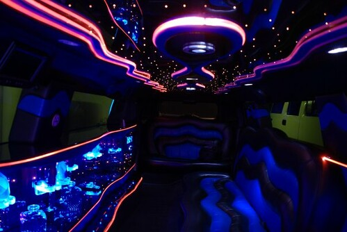 Hummer 3 Limo. Hummer H3 Limousine Interior