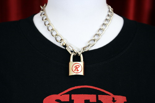 """R"" Lock and Chain by SEX POT ReVeNGe"