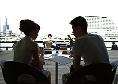 Mosaic (JanneM) Tags: silhouette japan cafe couple sitting pentax jan harbour mosaic kobe  highkey kansai janne   harbourland moren k10d janmoren