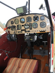 C-GARZ Piper PA-18-150 Super Cub  @ St-Mathias CSP5  DSC_7481 (djipibi) Tags: cub airport 2009 supercub aroport stmathias hydrobase csp5 cubtoberfest csv9