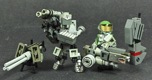custom made minifig Heavy Weapons