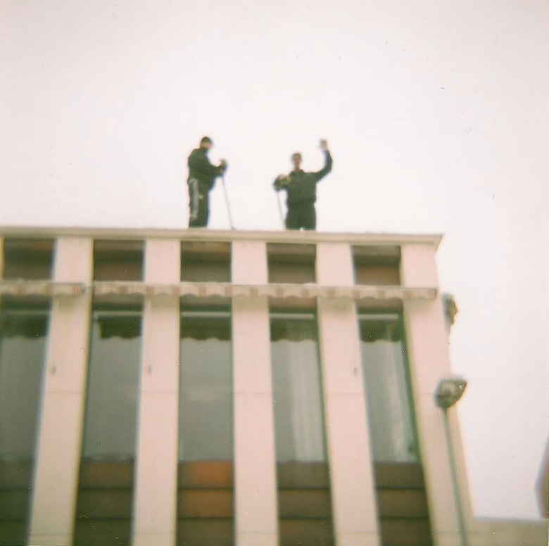 090313 men on the roof