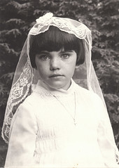 First Holy Communion (Les O'Brien Photographs) Tags: irish girl catholic veil dress cross young first holy obrien sue communion irsh crcifix