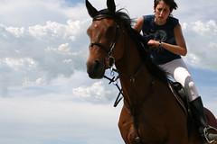 SalTaaa (yoamibola) Tags: caballos cielo salto jinetes