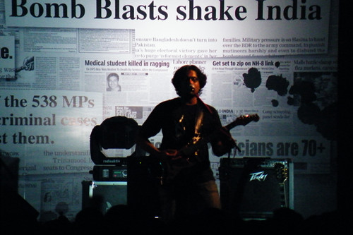 Bruce on guitars and vocals at IIT-Madras, Chennai
