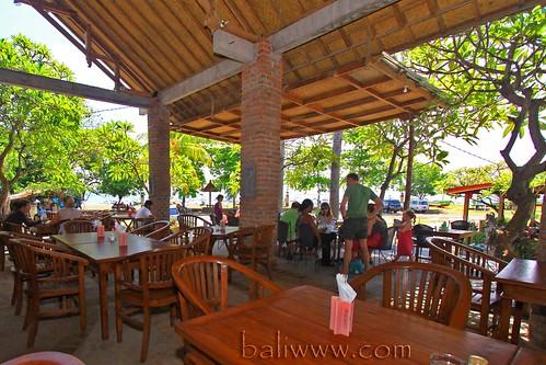 Tropis Restaurant