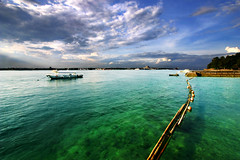 TURQUOISE AFTERNOON (Sphinx..Saldaa) Tags: blue seascape clouds canon boat turquoise philippines bamboo cgb 1022mm samalisland uwa davaocity davaogulf sphinxsaldana turquoiseafternoon