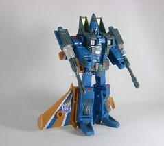 Transformers Dirge Classic Henkei - modo robot