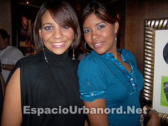 106_2036 (EspacioRD.com) Tags: people woman sexy girl lady blog cafe gente concierto guitarra event musica evento chicas hardrock lechuga consola musico caba cabas espaciourbano