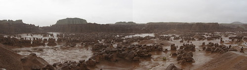 05.23.09 Goblin Valley Panorama