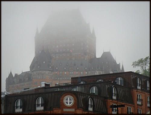 Québec dans la brume
