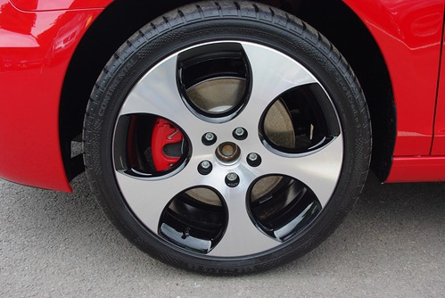 VW Golf VI (6) GTI 'Monza Shadow' 7½J x 18 front alloy wheel Stafford VW 18-06-09 IMGP1388