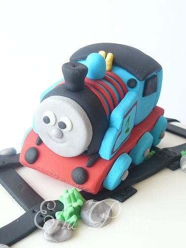 train thomas cakes 2
