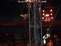 impressions d'un spectacle de cirque PINDER en 2009 (alainalele) Tags: france jean internet creative commons richard bienvenue cirque 2009 licence spectacle acrobates presse pinder chapiteau bloggeur paternit