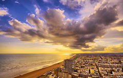 A Big Cloud (Pepeketua) Tags: city uk blue sunset sea england cloud mer beach yellow photoshop jaune canon sussex golden soleil brighton hove sigma east bleu hour 1020mm nuage plage hdr 10mm couche 6xp bej 400d theperfectphotographer hdraward dpdhr brightonhoverocktherealphotographicdeal