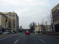 2009 03 06 - 2458 - Friendship Heights - MD355 at S Park Ave (thisisbossi) Tags: usa us md unitedstates maryland friendshipheights trafficsignals intersections montgomerycounty wisconsinavenue southparkavenue md355