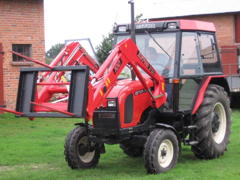 Ciągnik rolniczy Zetor, ciągniki Zetor,Zetory używane,Ciagnik Zetor