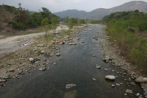 Typical river setting. Chiapas lowland.