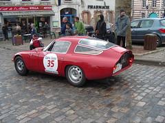ALFA ROMEO TZ 1964 02 (gueguette80 ... Définitivement non voyant) Tags: old cars sport rouge italian course autos alfaromeo classiccars rallye anciennes redcars compétition tourauto italiennes tourauto2009