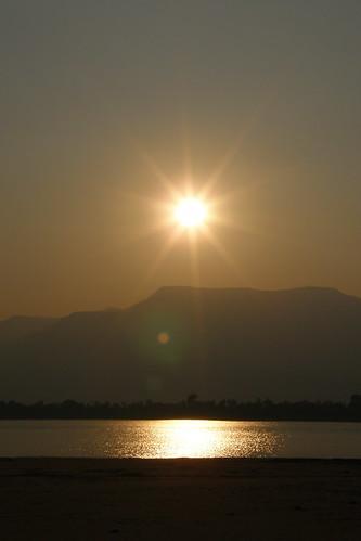166.Don Daeng島上湄公河的日落 (12)