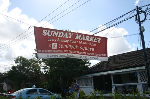 sunday-market-seminyak