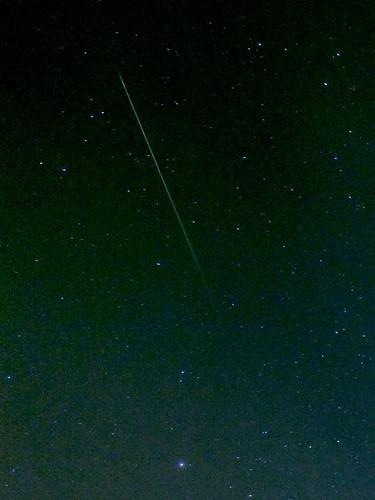 フリー画像| 自然風景| 空の風景| 夜空の風景| 星の風景| 流れ星|      フリー素材|