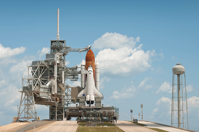 Space Shuttle Endeavour STS-134 (201105150004HQ)