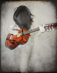 BrOKen Guitar (DeLaRam.) Tags: bw texture broken girl hair iran guitar selectivecolouring rememberme brokenguitar delaram daryadadvar