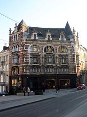 Louis Bertrandlaan 1, Schaarbeek (Erf-goed.be) Tags: geotagged brussel schaarbeek gebouw archeonet louisbertrandlaan geo:lat=508641 geo:lon=43736