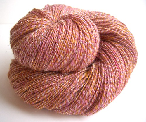 Roses in the Snow-3-ply-565yds-2-25WPI