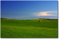 Field of green (-Bandw-) Tags: wallpaper sky italy panorama verde field clouds digital canon landscape geotagged eos rebel italia nuvole cielo sicily wallpapers bandw effect turismo geotag etna sicilia paesaggio orton xsi trinacria grreen sicilian campi siciliano sicile sizilien sicili siclia  450d canoneos450d canonefs1855mmf3556is flickrsicilia digitalrebelxsi bandwit wwwbandwit canoneos450ditalia  geo:lat=37466901 geo:lon=14749752
