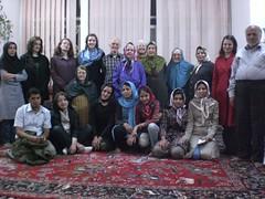Iranian family and tourists (NinaIngenkamp) Tags: iran kashan