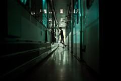 (JonathanPuntervold) Tags: silhouette train 35mm jonathan corridor f2 nellie nachtzug cotcmostfavorited canon5dmarkii malmöberlin puntervold jonathanpuntervold