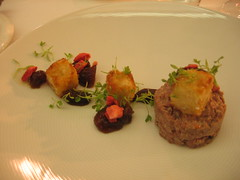 duck tartare with dried strawberries and tater tots
