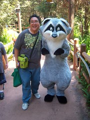 Me and Meeko at Redwood Creek Challenge Trail (Loren Javier) Tags: me disneyland pocahontas californiaadventure earthday meeko goldenstate disneycharacters redwoodcreekchallengetrail grizzlypeakrecreationalarea grizzlypeakrecreationarea lorenjavier