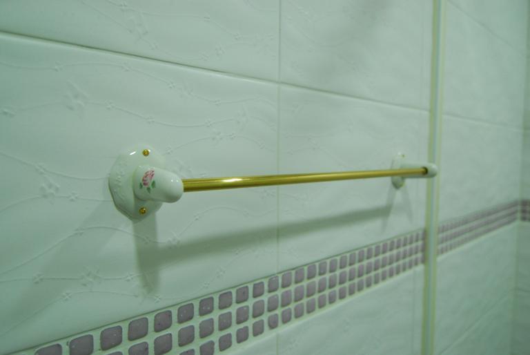 浴室-many毛巾架