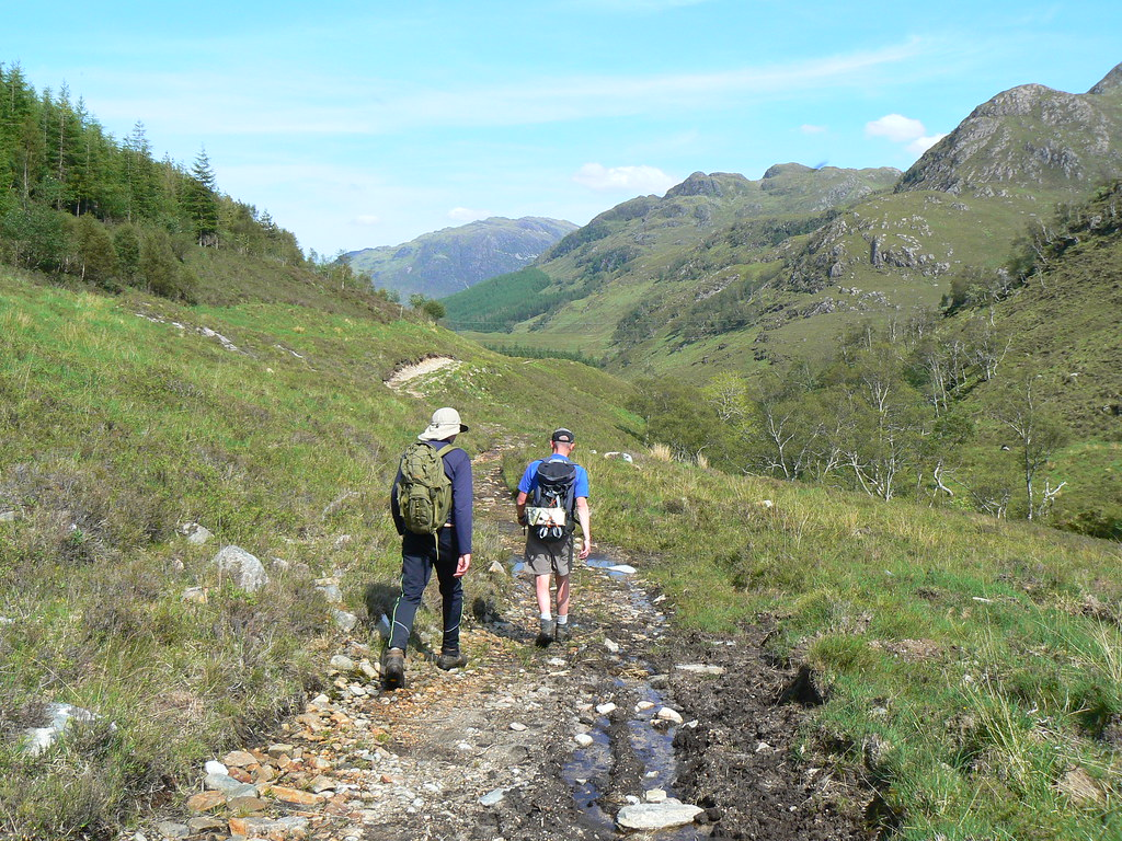 Walking out along the Allt Srath a' Chomair