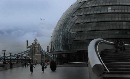 "London 215 • <a style=""font-size:0.8em;"" href=""http://www.flickr.com/photos/30735181@N00/3647781528/"" target=""_blank"">View on Flickr</a>"