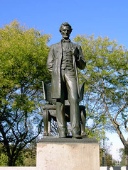 Lincoln Statue Photo