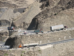 Khyber Pass, Pakistan (Marc_P98) Tags: road pakistan mountain afghanistan rock truck traffic descent pass tribal area peshawar kabul steep khyber ascent
