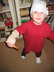 (smulloni) Tags: gabriel cane bandages