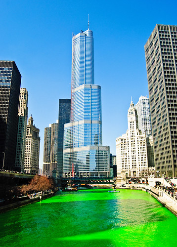 Chicago River - St. Patrick's day (2009)