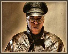 GESTAPO PORTRAIT - GERMANY 1944 (Ernest Descals) Tags: man men history portraits vintage war wwii selfportraits documentary police krieg historic retratos militar ww2 historical mann polizei historia interpol documento autoretratos militaria secondworldwar gestapo reenacting documentos documental historica kriminalpolizei historico staats sigloveinte kripo rsha policiasecreta descals ernestdescals