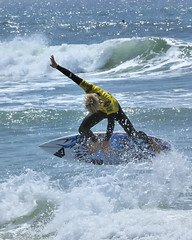 Jeff Lukasik (ScottS101) Tags: california ca beach youth surf surfer huntington contest young wave teen blond surfboard pro athlete olas huntingtonbeach wetsuit competitor vanspierclassic jefflukasik