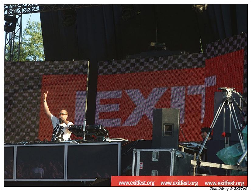 Tom Novy mix @ Dance Arena