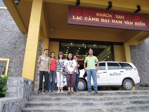 Dai Nam Van Hien 04-2009 by you.