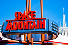 Space Mountain under Refurbishment (kevkev44) Tags: orlando florida disney disneyworld rollercoaster waltdisneyworld coaster themepark magickingdom spacemountain darkride nikond60