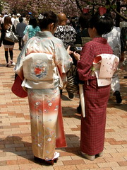 ladies in kimono #3072 (Nemo's great uncle) Tags: people geotagged osaka kimono     japanmint torinuke geo:lat=34695694 geo:lon=135521777